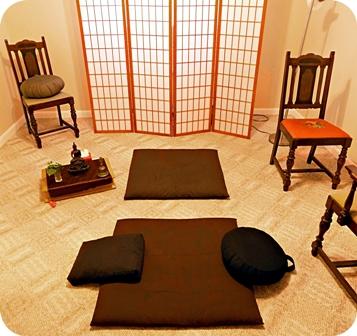 Photo of dokusan room.